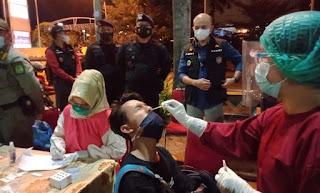 Brimob Polda Sumut Terus Gencarkan Operasi Yustisi di Kota Medan Pada Malam Hari