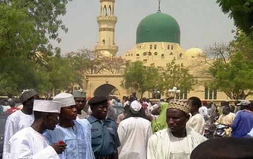 Gunmen invade Mosque shot dead 18 Worshippers