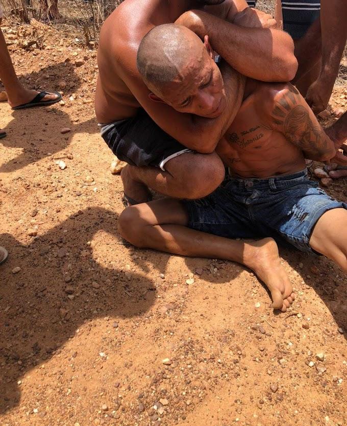 População se une e captura suspeito de roubo de motocicleta na zona rural de Crateús