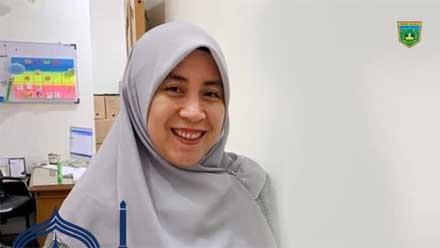 Dina Khairina