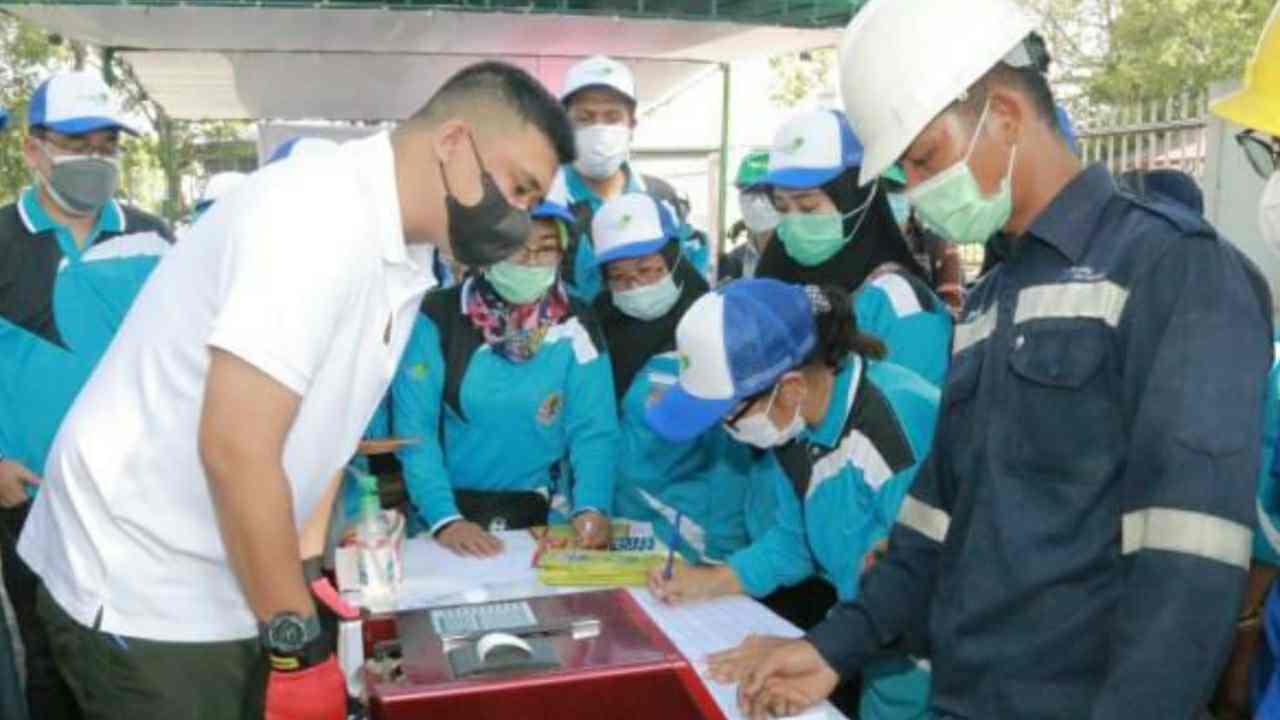 Bobby Nasution Lakukan Uji Emisi Gas Buang Kendaraan Bermotor, Untuk Jaga Kualitas Udara