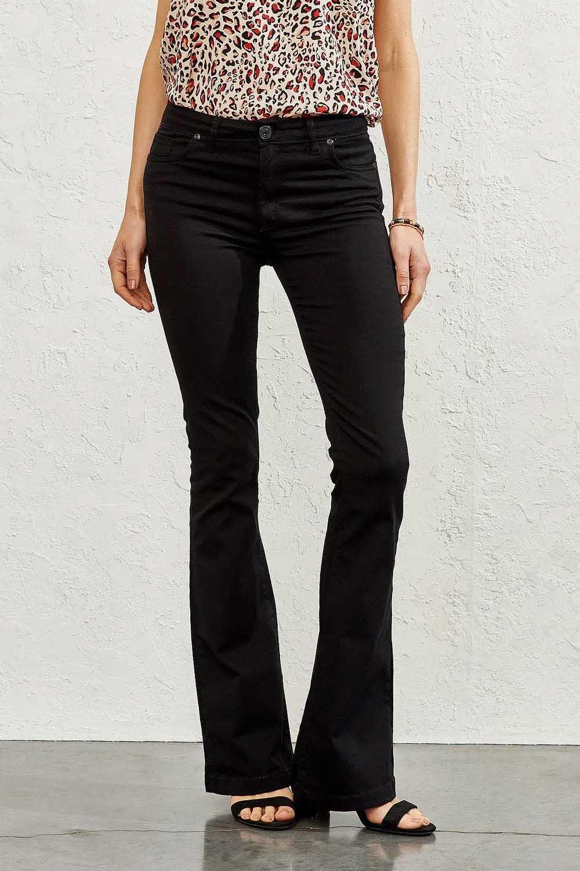 jeans de moda mujer verano 2022