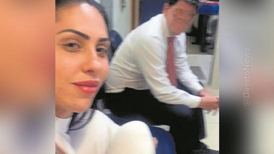 henry delegado mae menino selfie delegacia