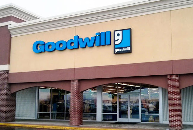Does Goodwill hire at 15?