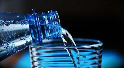 هل شرب الماء بكثرة مضر؟
