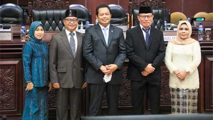 Pimpinan DPD RI Lantik Dua Anggota PAW
