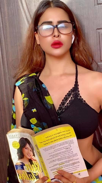Indian Model Myra Singh Latest Black Saree Photo Stills Navel Queens
