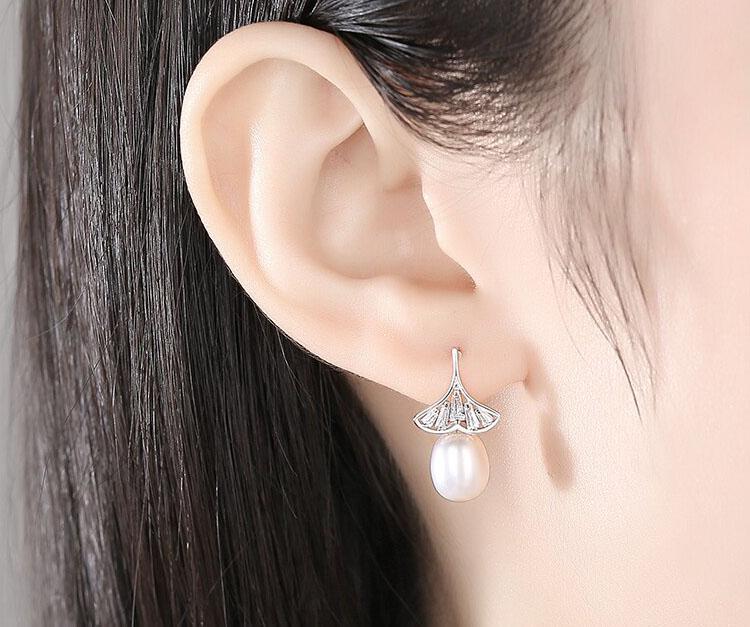 杏葉下的珍珠 925純銀耳環