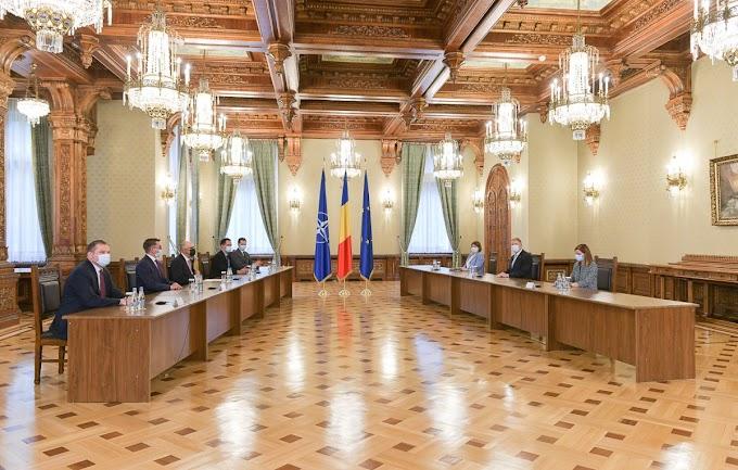 Az RMDSZ venné át Románia irányítását?