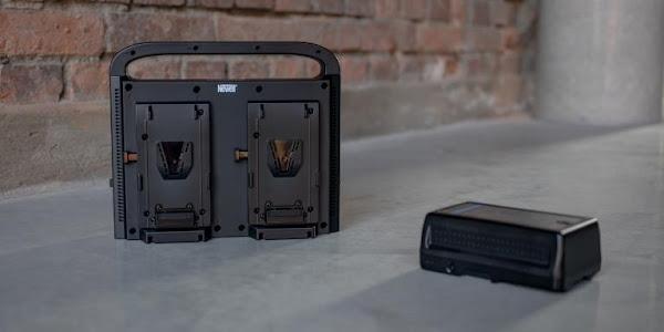 Newell apresenta o carregador BP-4CH para bateria V-mount