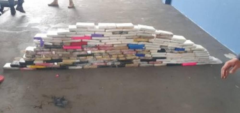 Caminhoneiro que saiu de Vilhena com 169 kg de pasta base de cocaína é preso em Mato Grosso; droga foi avaliada em R$ 6,2 milhões