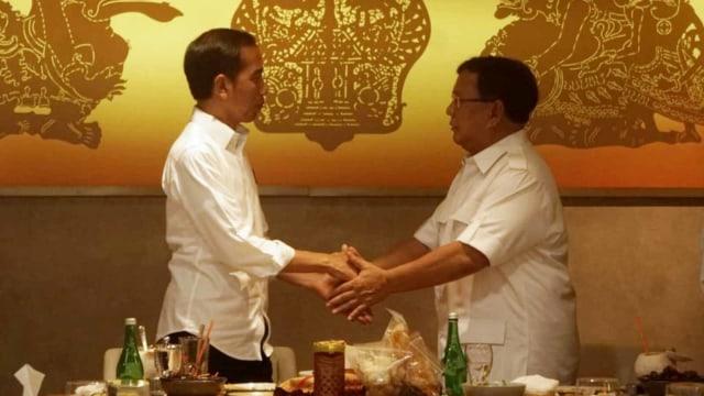 Kalau yang Dinilai Soal Penyatuan Oposisi, Presiden China Lebih Hebat dari Jokowi
