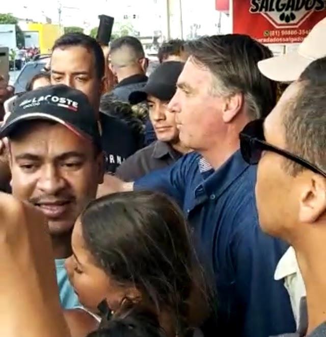 Bolsonaro faz passagem relâmpago pela cidade de Toritama