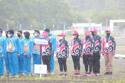 Johannes Retto Buka Cabor Terjun Payung PON XX Papua di Timika