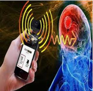10 نصائح للحد من مخاطر الإشعاعات الصادرة عن الهاتف على الصحة
