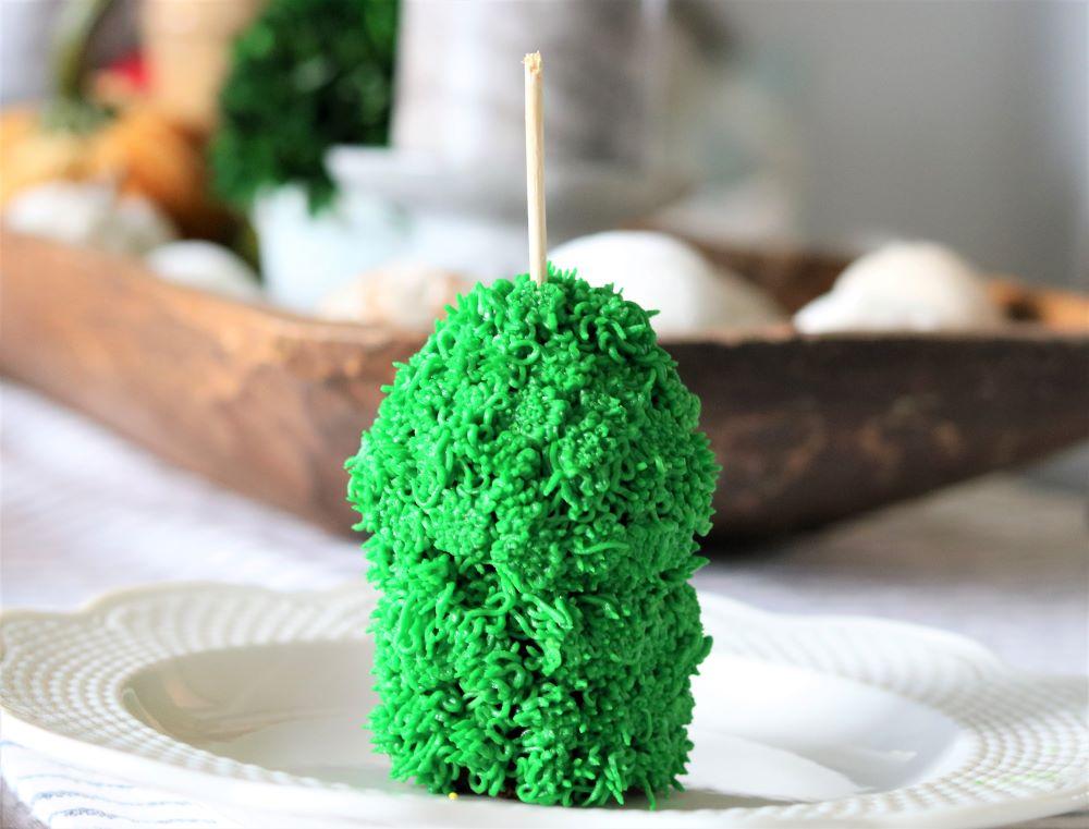 green-monster-cake-star-tip-easy-halloween-party