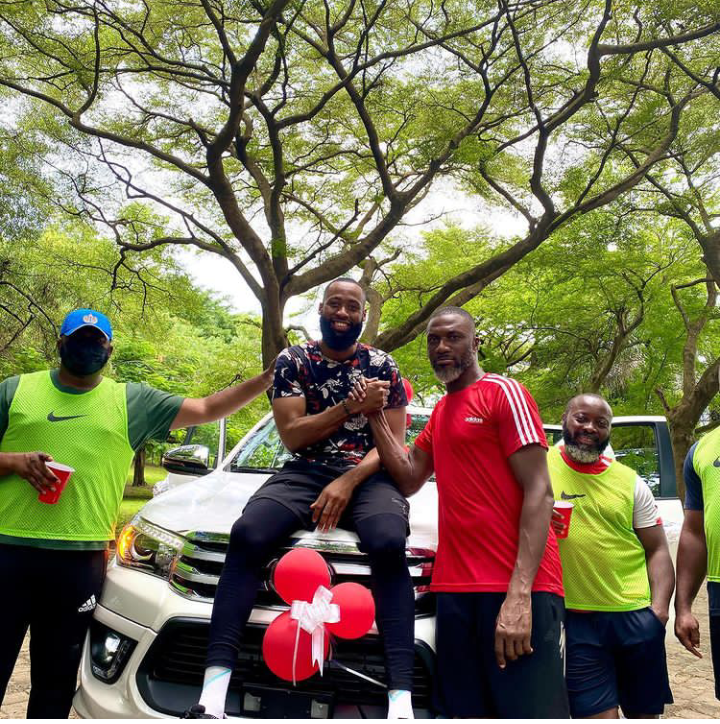 """BBNaija: Tochi acquires a new SUV after an Instagram user recently tagged him """"A failure"""" (See pictures)"""