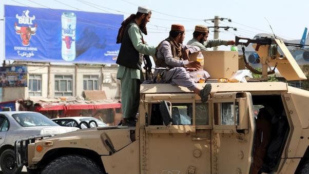 Taliban Lấy dược nhiều vũ khí Mỹ bỏ lại Afghanistan