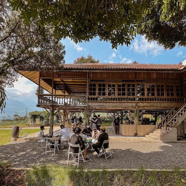 Lokasi dan Harga Menu Stuco at Citeko Hills Bogor