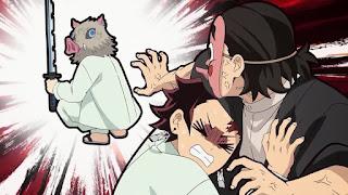 鬼滅の刃アニメ 25話   嘴平伊之助 かわいい 日輪刀 Hashibira Inosuke 鉄穴森鋼蔵   Demon Slayer Episode 25