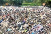 Warga Keluhkan Bau Tidak Sedap dari Pembuangan Sampah Perumahan Bumi Negara Lestari