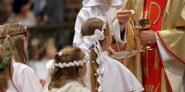 Komisi Independen Ungkap 200 Ribu Anak Dilecehkan oleh Ribuan Rohaniwan Gereja Katolik Prancis
