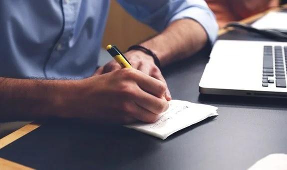 Menulis, Menulis Bahasa Inggris dan Artinya (Kembangkan Literasi)