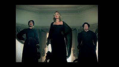 Para penyihir perkasa dari American Horror Story Coven