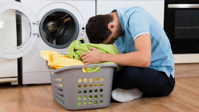 Gagal Memerkosa, Pria Ini Malah Dihukum Mencuci Semua Pakaian di Desanya
