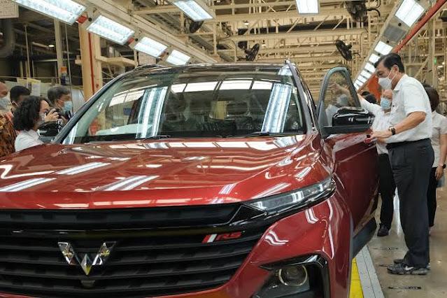 Luhut Beri Karpet Merah Wuling Pasarkan Mobil Listrik China, Mardigu: Kan Ada Karya Anak Bangsa