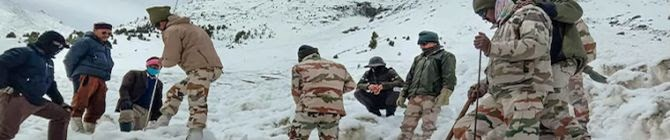 Mortal Remains of 4 Indian Navy Personnel Retrieved After Avalanche On Mt Trishul