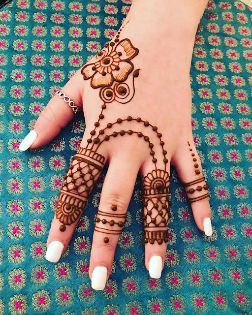 mehandi design for karva chauth