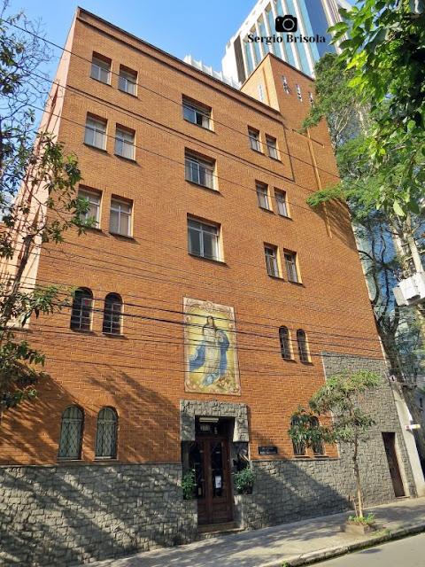 Vista ampla da Residência Maria Imaculada no Jardim Paulista