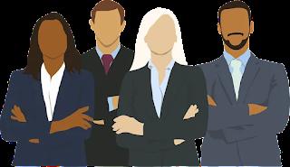 اعلان توظيف موظفين خدمة عملاء في شركة اكستنسيا.