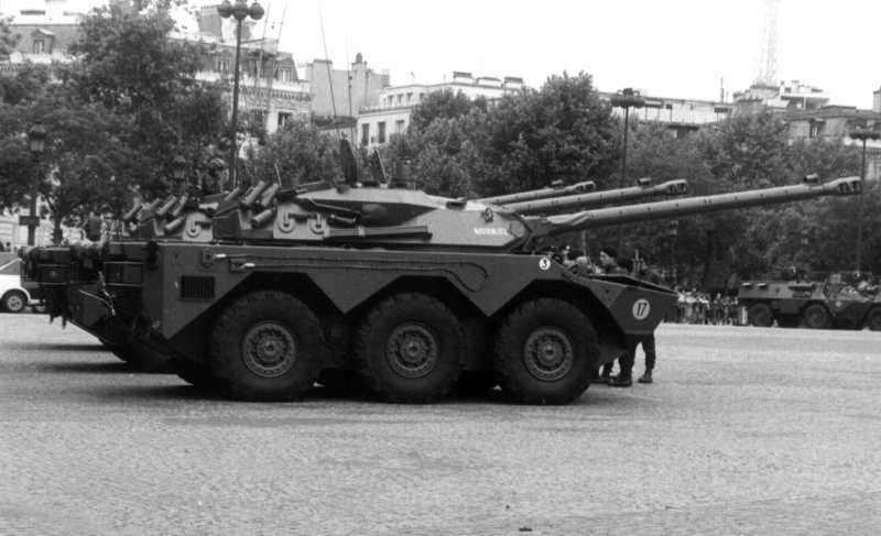 AMX-10RС ранніх серій