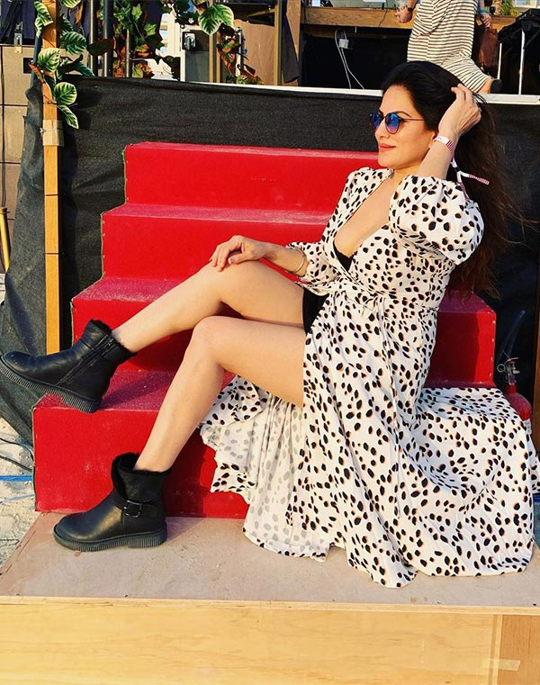 Pammi Motan - wiki bio, tv shows, Instagram, photoshoots and web series.