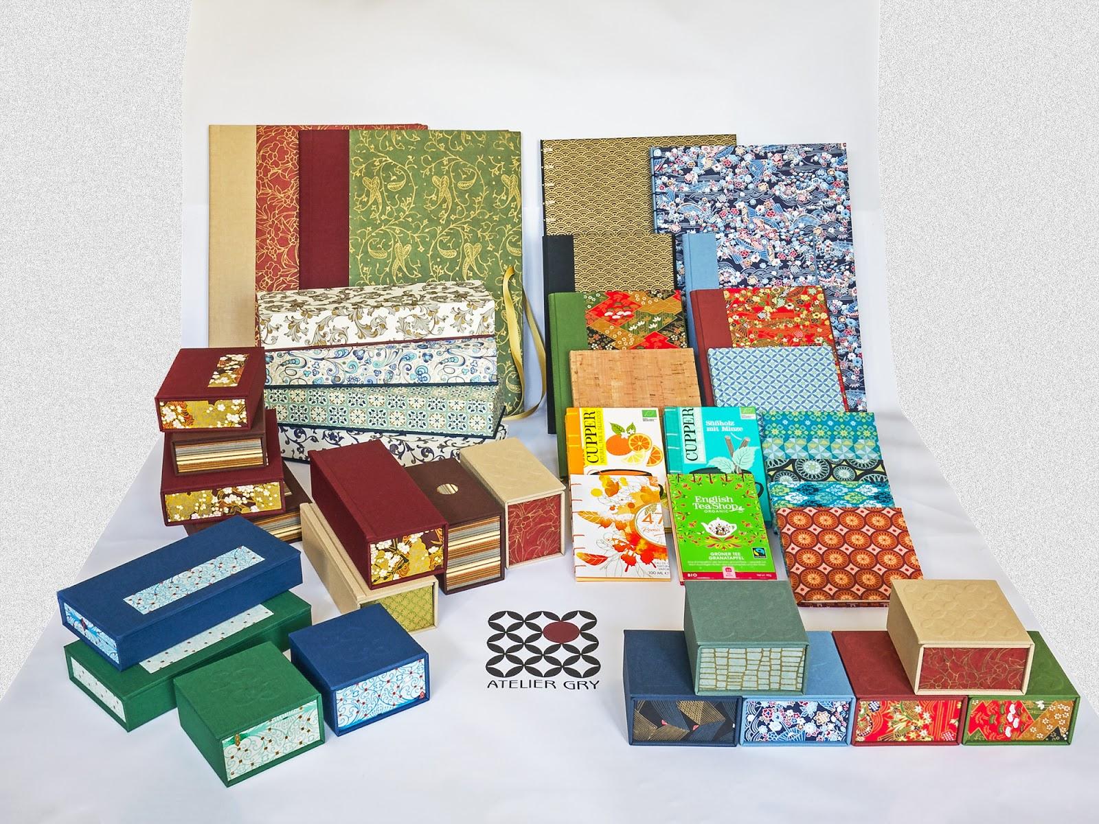 Auswahl meiner Schachteln und Bücher für die Herbst- und Winterausstellung 2021