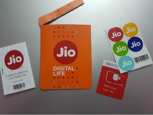 Jio फ्री रिचार्ज: कंपनी फ्री देगी इतने दिनों का रिचार्ज, जानिए किसे मिलेगा