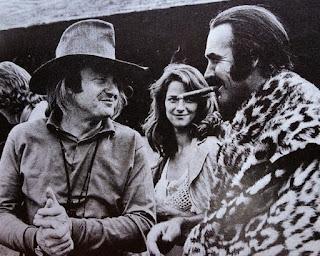 John Boorman junto a Charlotte Rampling y Sean Connery en el rodaje de Zardoz