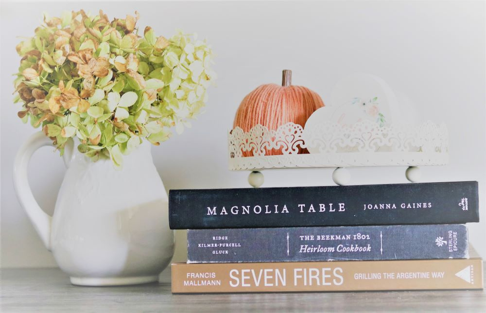 kitchen-vignette-easy-hydrangeas-fall-cookbook