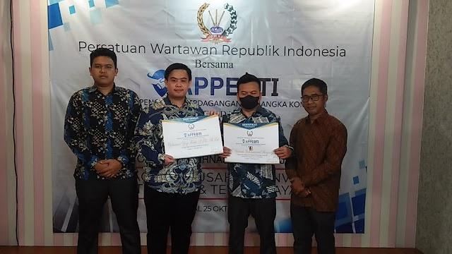 APPEBTI Bersama PWRI Berikan Penghargaan Kepada PT. YIB Sebagai Investasi Terbaik
