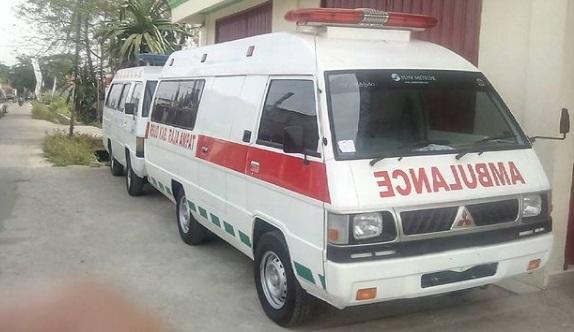 Ambulance Mitsubishi Colt L300