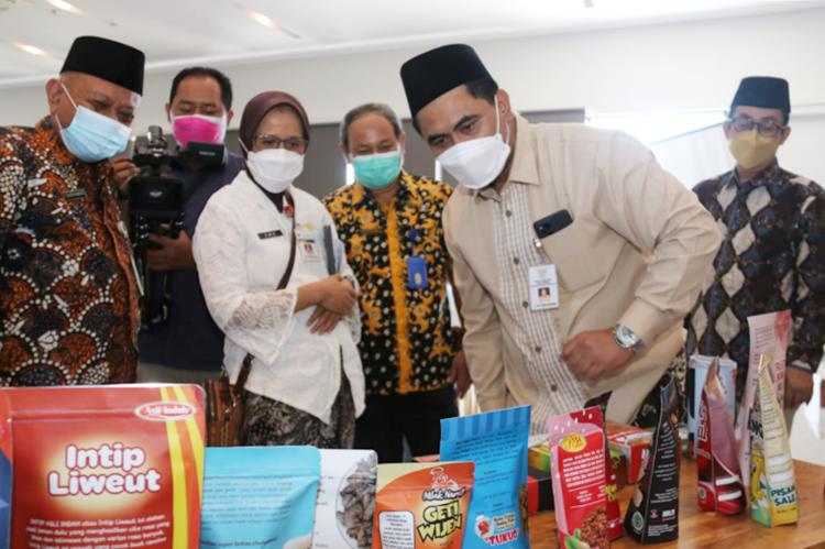 Dukung Wisata Halal, Pemprov Jateng Dampingi Sertifikasi Halal 500 UMKM