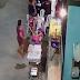 Bandidos fazem arrastão em banca de churrasco e ameaçam atirar na cabeça de uma criança, em Petrópolis