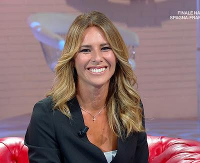 Ingrid Muccitelli sorriso ridere Unomattina in Famiglia 10 ottobre
