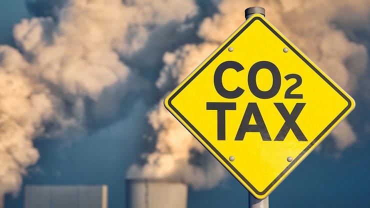Маск поддерживает налог на выбросы углерода