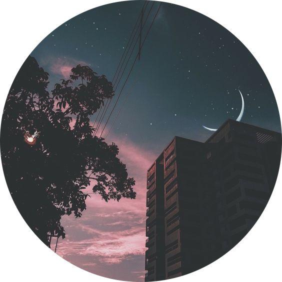 pemandangan gelap malam jadi profil wa penuh estetika