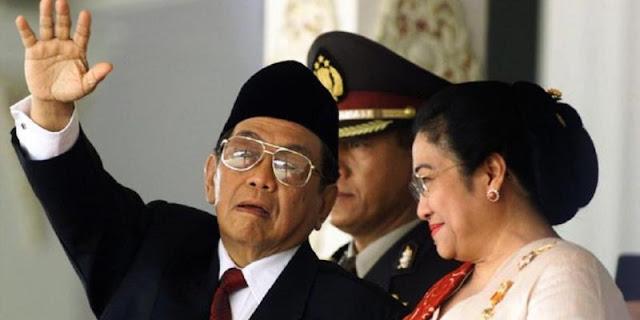 Bukan Amien Rais, Adhie Massardi Beberkan Bukti Megawati Aktor Penggulingan Presiden Gus Dur