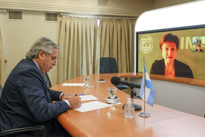 El FMI rechazó el pedido de Argentina para reducir las sobretasas que paga al organismo