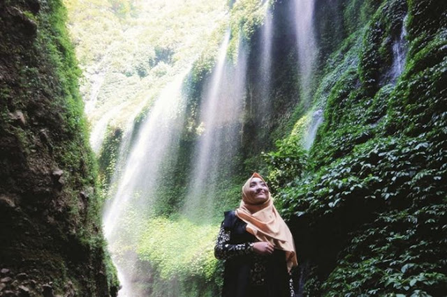 Harga Tiket Masuk dan Lokasi Air Terjun Madakaripura Probolinggo